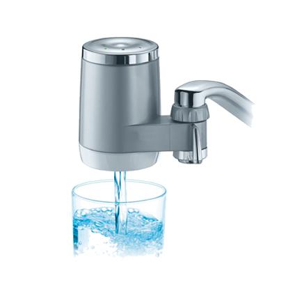 gout de l'eau filtre sur robinet