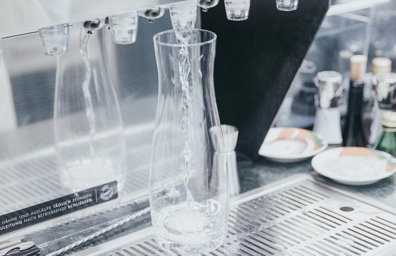 eau carafe restaurant